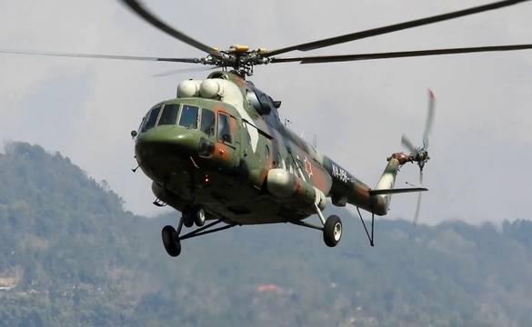 बैतडी र बझाङका बाढी पीडितको उद्धारका लागि नेपाली सेनाको हेलिकप्टर जाँदै