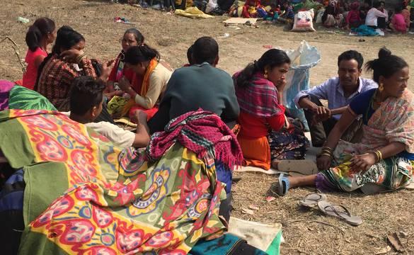 भोकभोकै बादी समुदायको धर्ना, बिरामीको प्रदेश अस्पतालमा उपचार