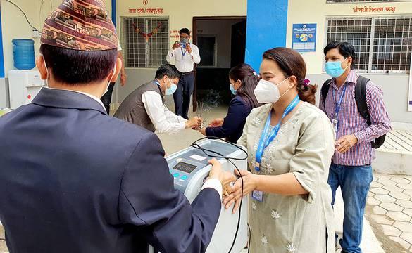 वीरेन्द्रनगरमा २५ शय्याको कोभिड अस्पतालको सुरुवात